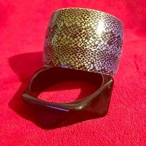 Jewelry - Wrist your life!!